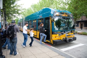 2013_0315_busboarding